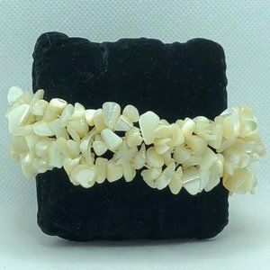 Chip Stone Bracelet MOP Pearlescent White